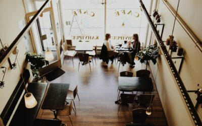 6 Interesting Things to Display on Your Restaurant Walls to Keep Your Clients Engaged